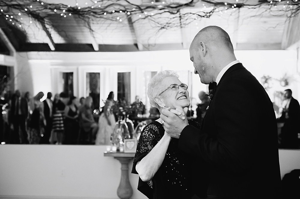 Groom and mother dance at hans fahden winery wedding by chloe jackman photography
