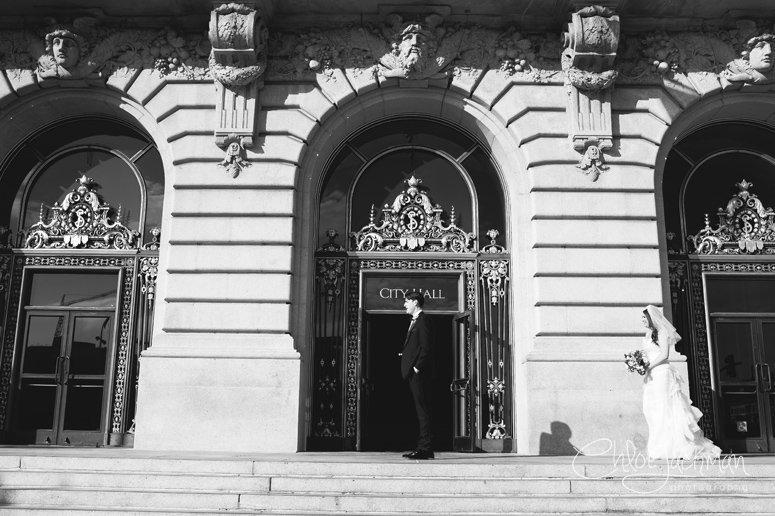 014-Chloe-Jackman-Photography-SF-City-Hall-Wedding-2015