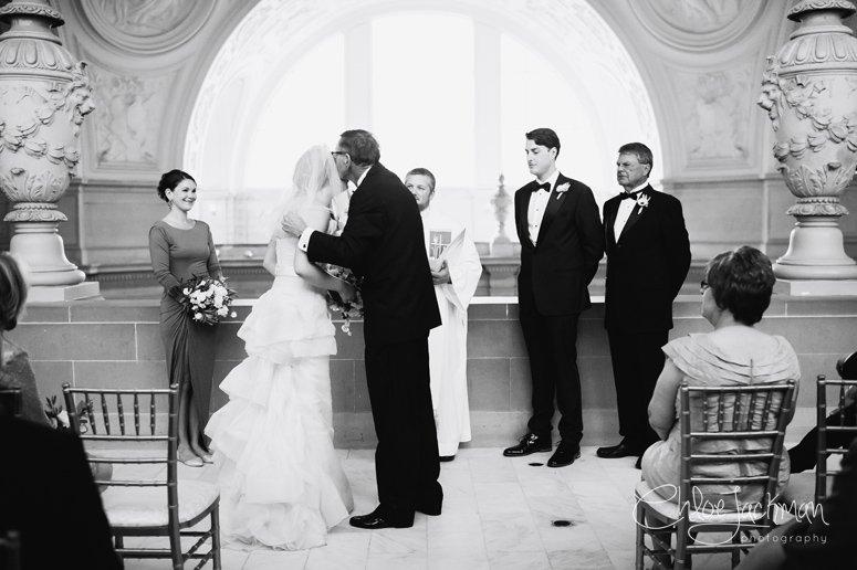 021-Chloe-Jackman-Photography-SF-City-Hall-Wedding-2015