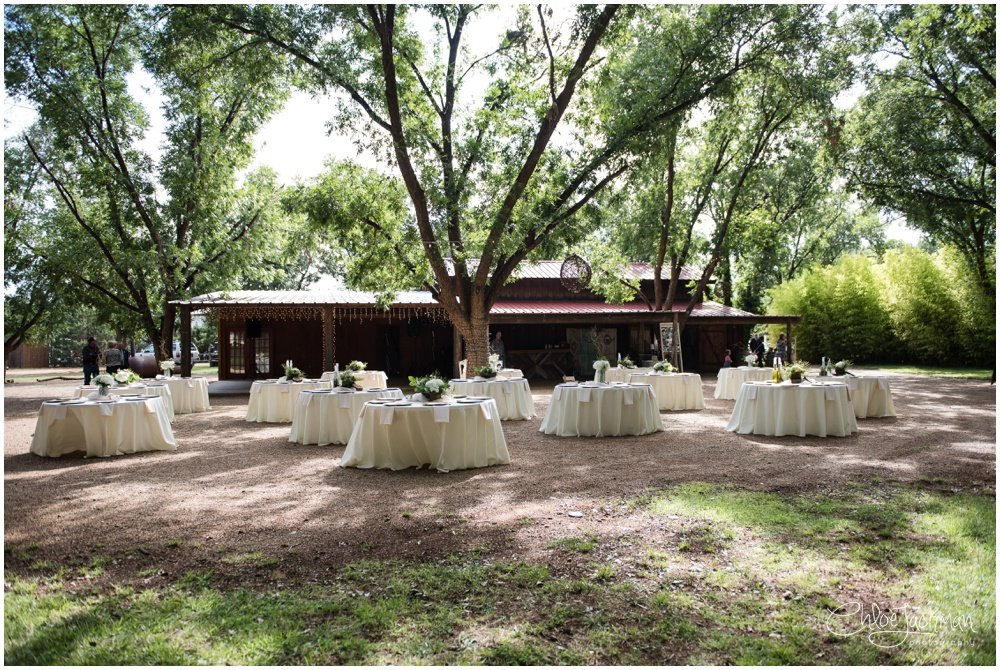 outdoor fulford barn wedding in texas with tables