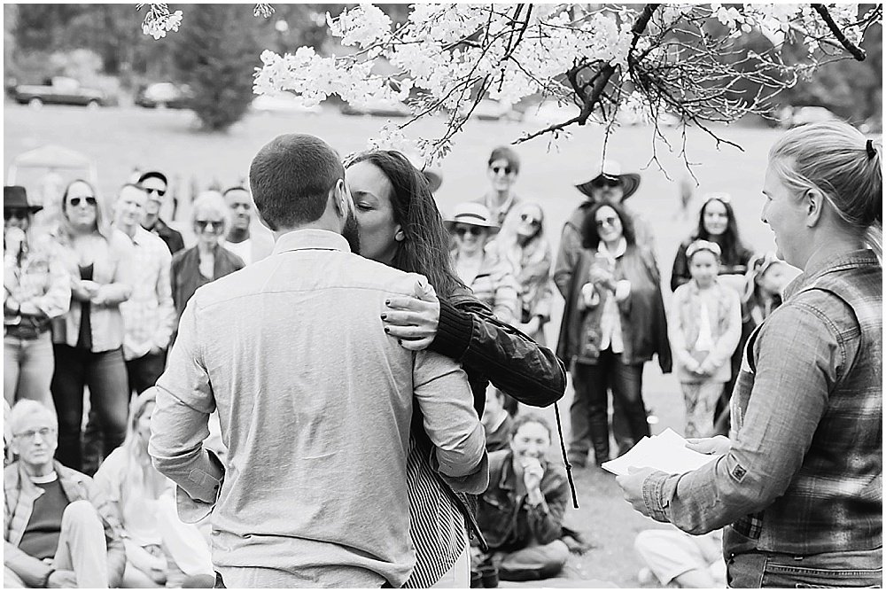 Bride and groom kiss at golden gate park wedding by chloe jackman photography