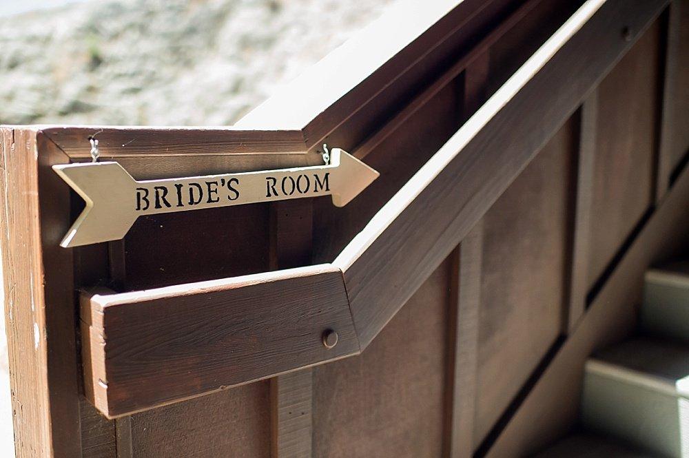 Brides room at hans fahden winery wedding