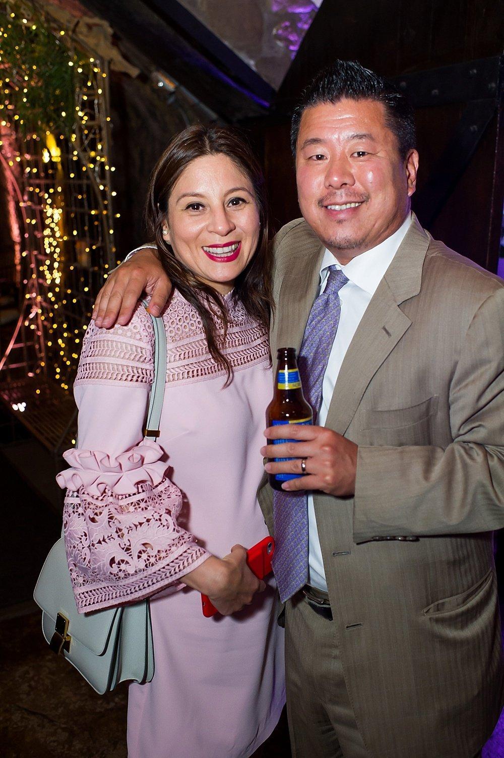 Familiar couple alert at hans fahden winery wedding