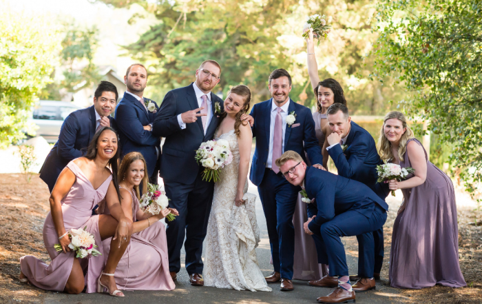 wedding party group shot at midsummer sebastopol wedding by chloe jackman photography