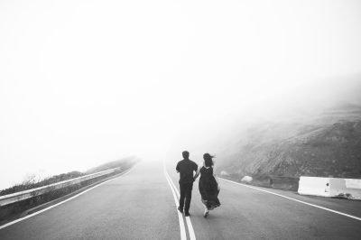 Foggy San francisco engagement shoots by chloe jackman photography