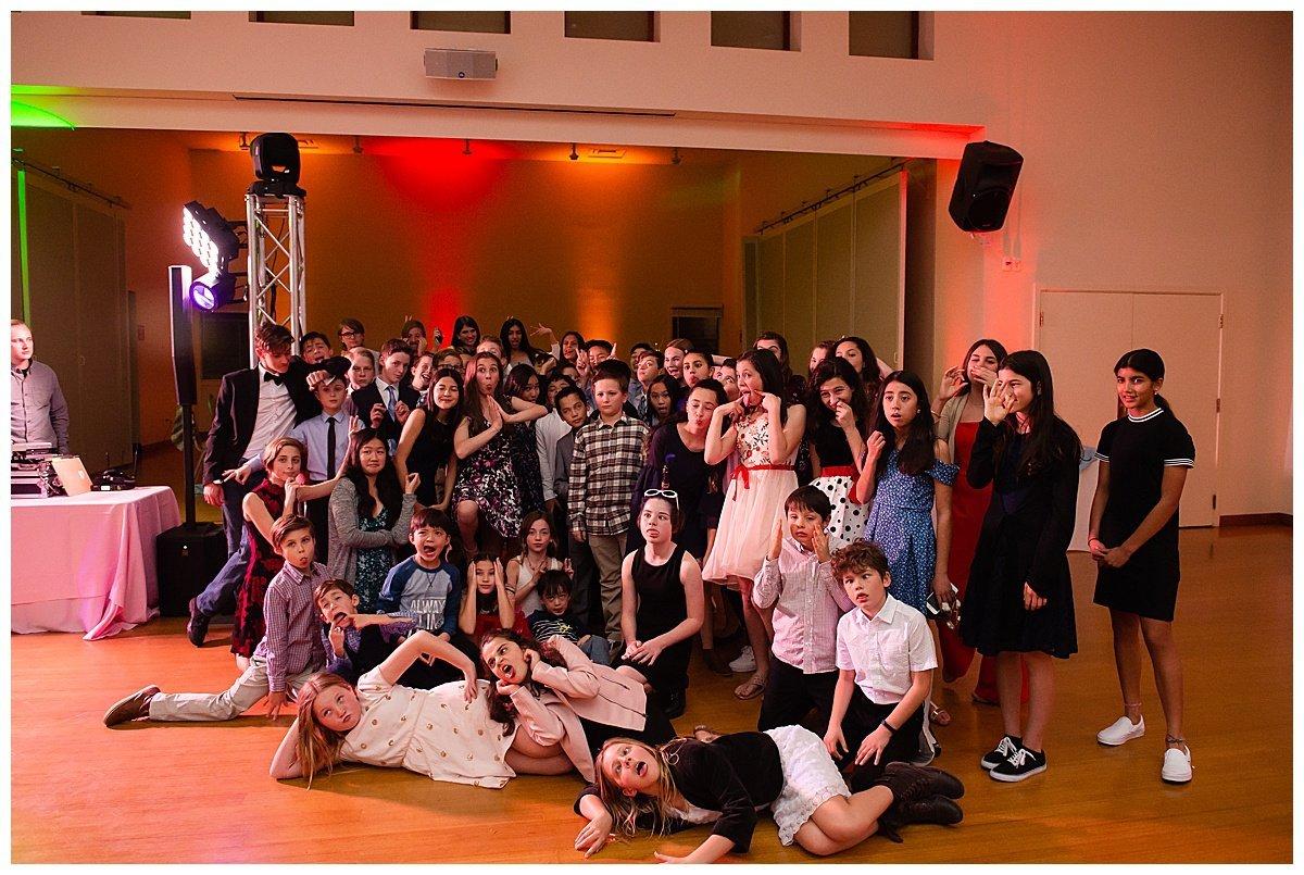 group shot taken at Bay Area Bar and Bat Mitzvah photography by chloe jackman photography