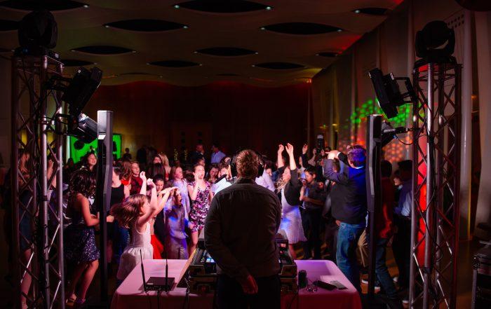 Kids dancing at bay area bar and bat mitzvah photography by chloe jackman photography