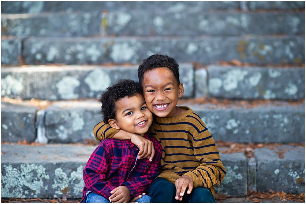 two brothers smile and are cute for Bay Area Family Photography by chloe jackman photography