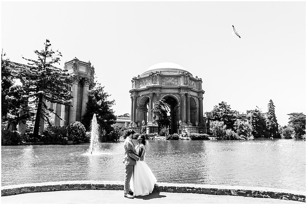 palace of fine arts wedding photos bride and groom